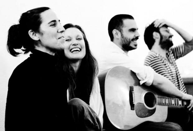 Música en vivo con Manu y Mina en Sopa Barcelona.
