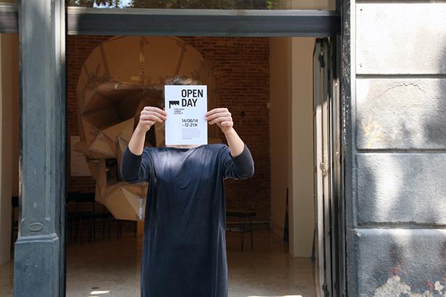 Open Day Flyer frente al espacio Eterna