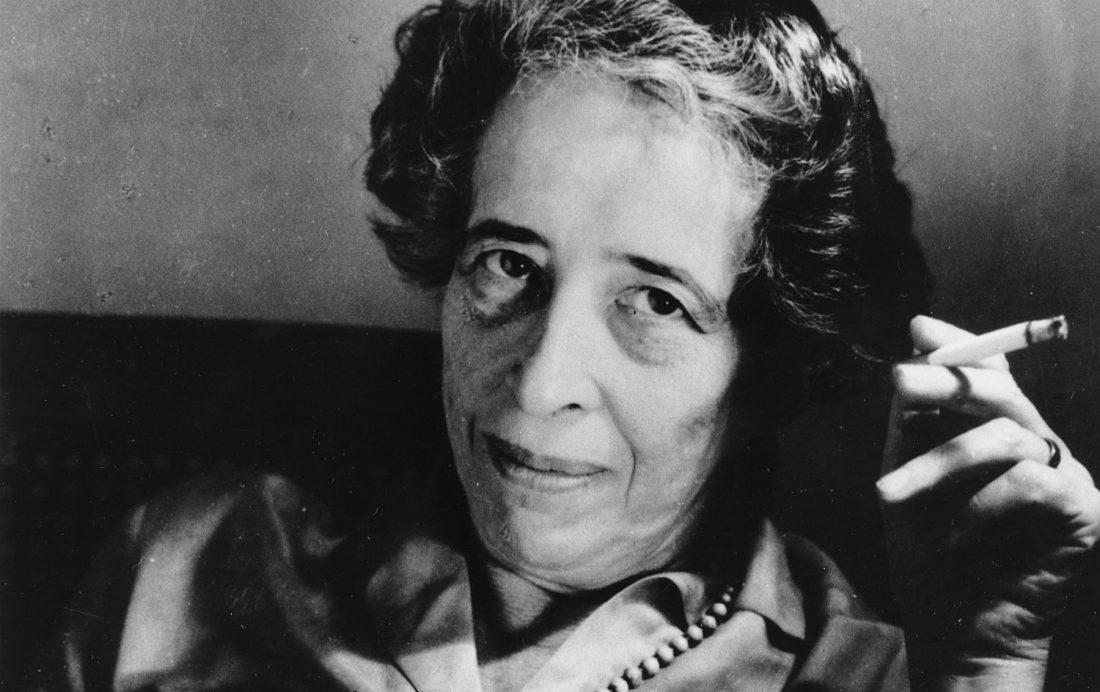 Tertulia de Hannah Arendt en la librería Nollegiu