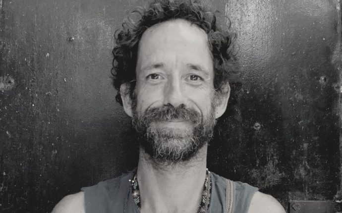 Entrevista con el artista chileno Matías Krahn